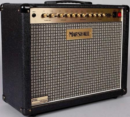 Ламповый гитарный усилитель marshall dsl40c